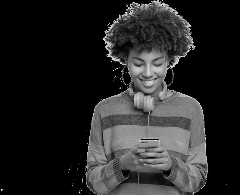 woman-on-phone-black-white